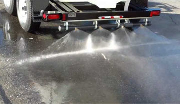 water trailers come with a spray bar for a 25 foot swath